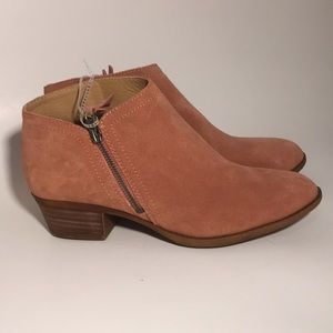 NWT Lucky Brand salmon ankle boots, booties, 9